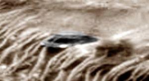 90 base martienne dans vallis marineris (MRO)