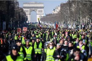 Gilets-jaunes-nouveau-samedi-de-mobilisation-partout-en-France-pour-l-acte-15